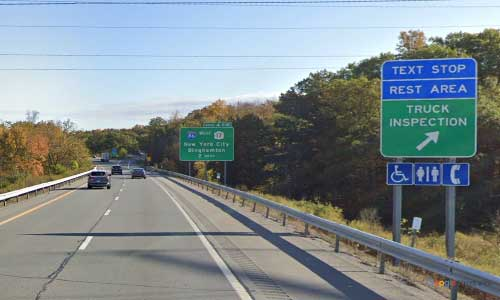 ny interstate 84 i84 new york middletown rest area eastbound mile-marker 17